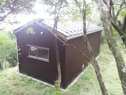 加入道避難小屋