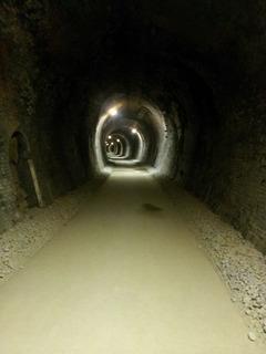 アプトの道トンネル内