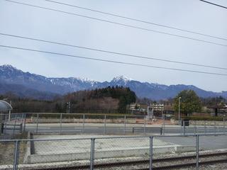 穴山駅からの甲斐駒ケ岳