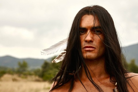 winnetou-nik-xhelilaj-wird-rtls-apachen-haeuptling