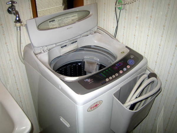 「洗濯機うるさい」マンション住人に頭突きし逮捕。しかしその後、とんでもない事実が発覚