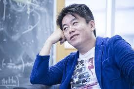 【正論】堀江貴文さん「給料日にATMに並ぶ奴は馬鹿、何で電子マネーとか使わないの?」