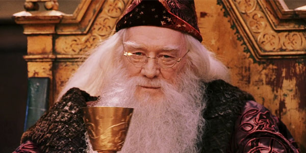 Dumbledore-Richard-Harris