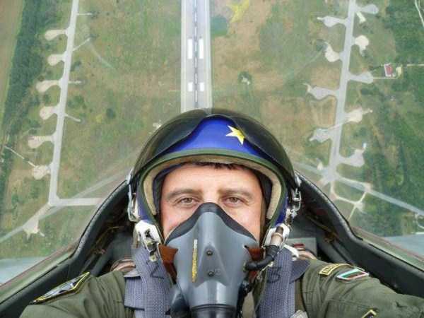 pilot-selfies-17