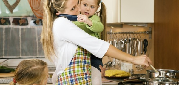 busy-mom-702x336
