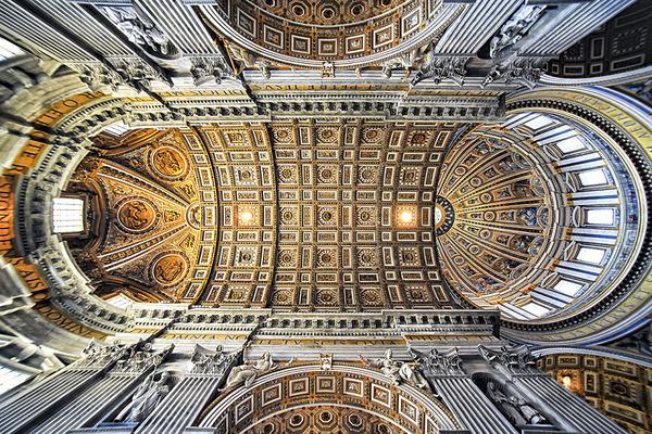 San-Pietro-Dome__880