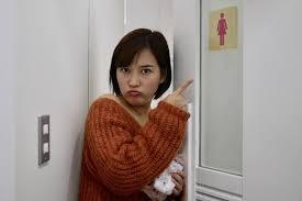 【???】女子トイレを盗撮したオッサン(51)とたまたま居た女装オッサン(57)を逮捕