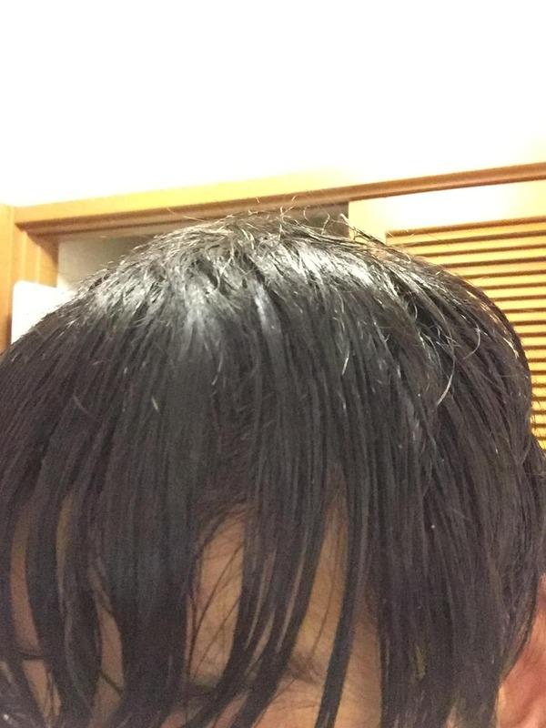 【画像】ワイ25、前髪が明らかに危険水域に達する・・・。