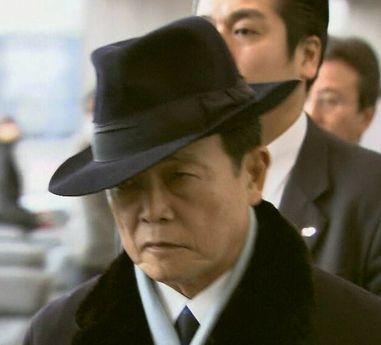 アホ「麻生太郎のスーツ35万円だって!高すぎだろ!許さない!!!」・・・・