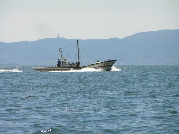 明石海峡の漁船