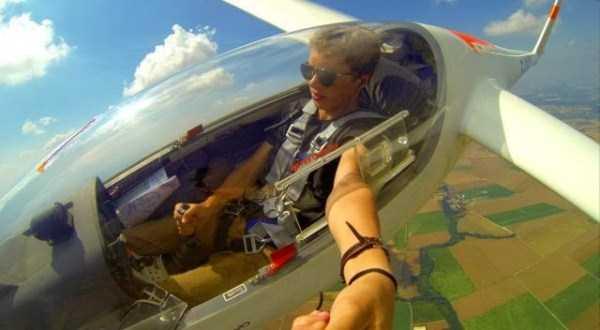 pilot-selfies-24