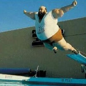 Fat_man_Diving-320x268_400x400
