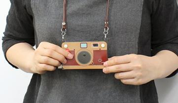 厚さ6mmの「紙みたいなデジタルカメラ」が登場、価格は3299円