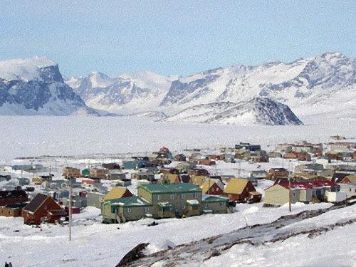 「マイナス40度の北極圏で熱い紅茶を振りまいたら…こんな写真が撮れた」