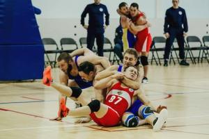 【レグボール】バスケットボールとレスリングを融合させたロシア生まれの球技。