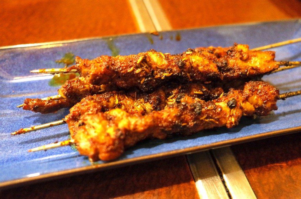 絶品! 神戸で気軽に味わえる中国東北料理『味香苑』