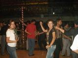 ガイドも踊る