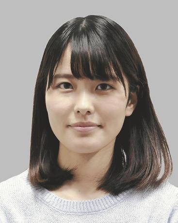 【画像】新人女流棋士 里見咲紀(19)さんが将棋界の広瀬すずだと話題に