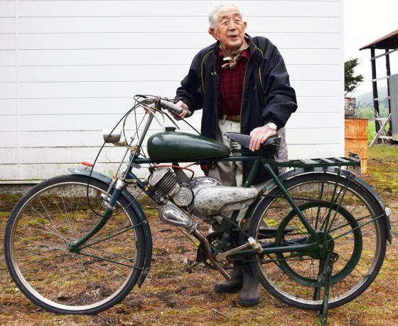 【朗報】ジッジ(95)、60年以上前のエンジンを修理し原付として復活させる
