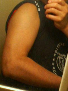1年前の腕