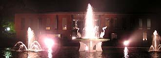 石橋文化センター夜景