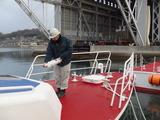 P1191343 船の一生、航海の安全を祈り 御神酒を捧げます