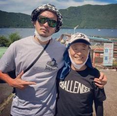 長瀬智也、尊敬する釣りの師匠との2ショットに約14万いいね!