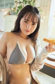 """NMB48""""新グラビアクイーン""""本郷柚巴、話題の大迫力ボディたっぷり披露"""