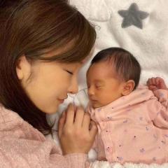 板野友美、第1子の女児出産に祝福の声「もうすでに美人さんオーラが」