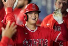 【MLB】大谷翔平、先頭打者46号で有終の美 本塁打王に2本届かずも初の100打点に到達