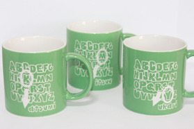 イニシャルマグカップ グリーン 名入れマグカップ