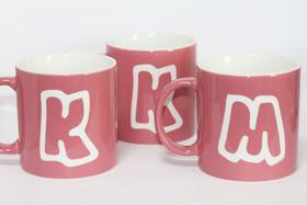 イニシャルマグカップ ピンク おそろいマグカップ