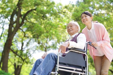 nurse-caregiver-comparison