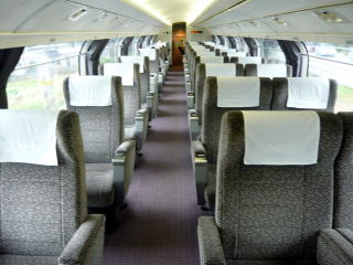 P12100851