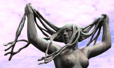 sculpture-650102_640