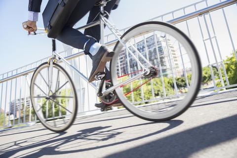 彼氏と自転車で通学。彼氏『私子は遅い。俺が先に行く。』私「(イラつくな‥)わかった。」→次の瞬間・・・