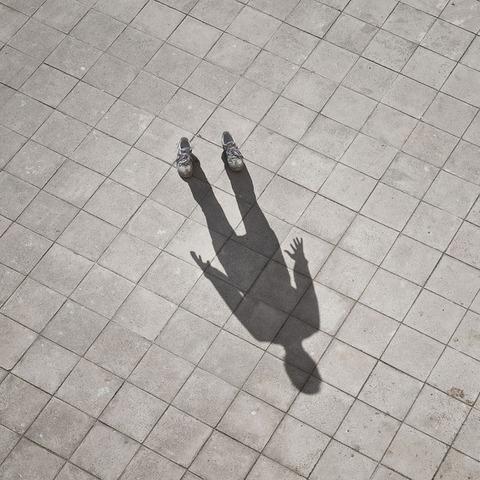 invisible-man-shadows-pol-ubeda-4-710x710