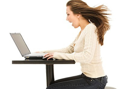 internet_woman_on_computer2