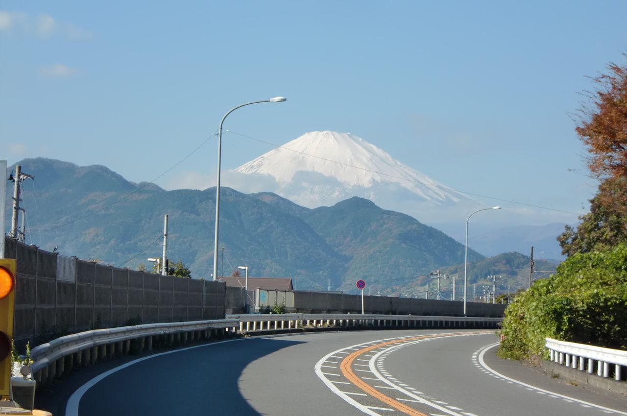 自転車の 自転車 坂道 筋肉 : 富士山も今日はくっきりと綺麗 ...