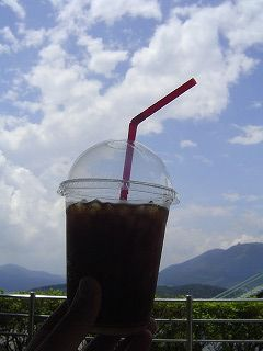 アイスコーヒーと空