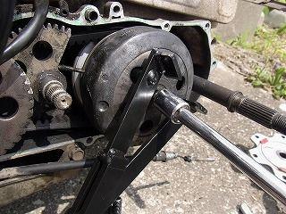 ドライブベルト交換 (1)