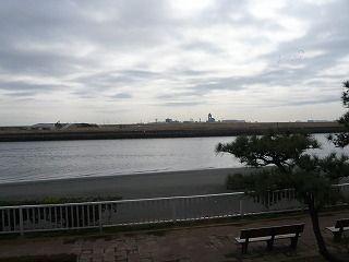 京浜島の砂浜