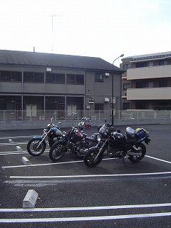 東名高速東京IC入口マック駐車場