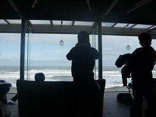 海の見えるロビー