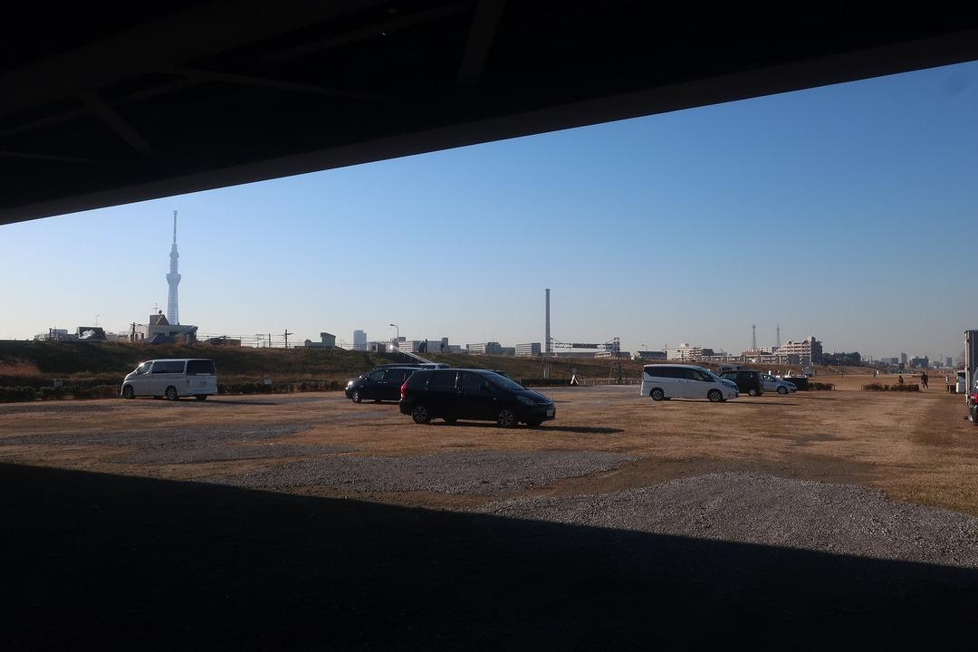 荒川グラウンド駐車場 (3)