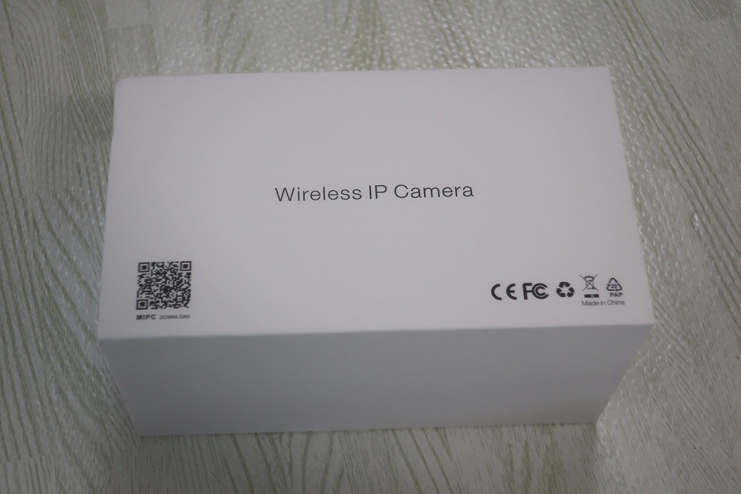 ieGeek監視カメラ (1)