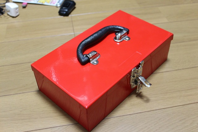 赤い箱 (2)