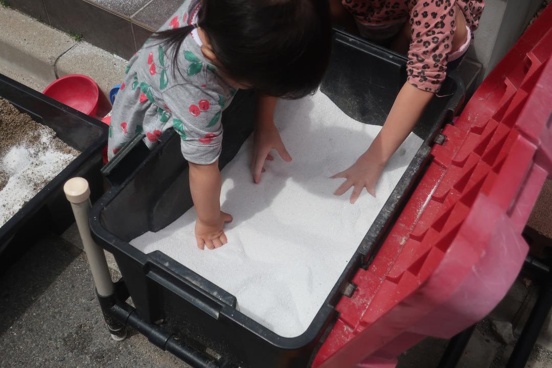 砂遊び (4)