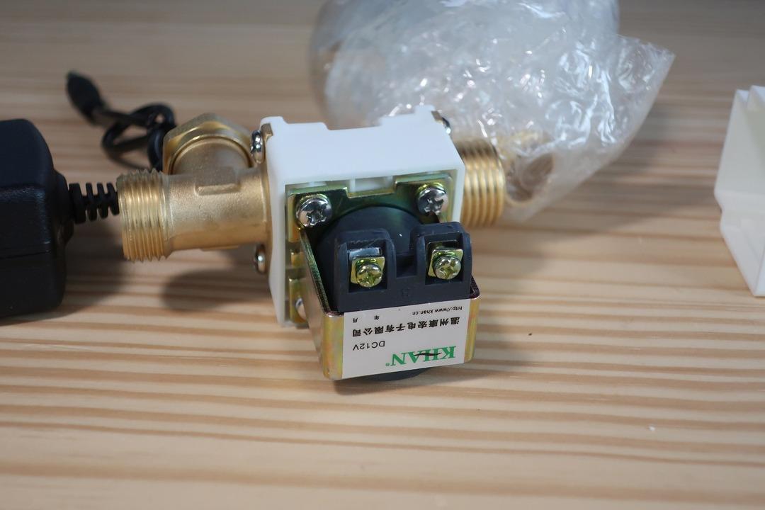 電磁弁で散水栓をオンオフ (3)