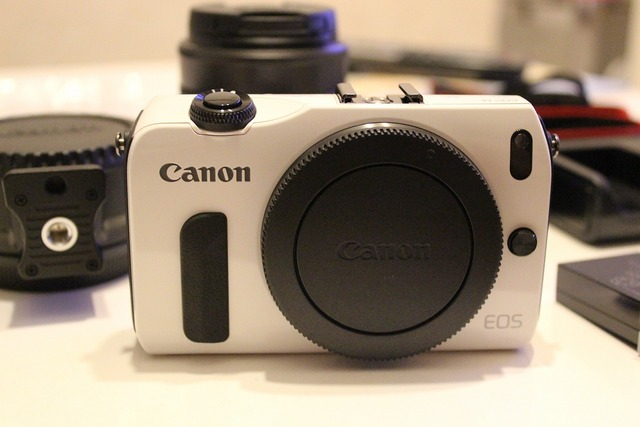 CanonEOSM (3)